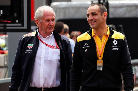 (L to R): Dr Helmut Marko (AUT) Red Bull Motorsport Consultant with Cyril Abiteboul (FRA) Renault Sport F1 Managing Director. 25.05.2019. Formula 1 World Championship, Rd 6, Monaco Grand Prix, Monte Carlo, Monaco, Qualifying Day. - www.xpbimages.com, EMail: requests@xpbimages.com - copy of publication required for printed pictures. Every used picture is fee-liable. © Copyright: Photo4 / XPB Images