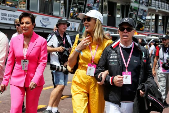 (L to R): Kris Jenner (USA); Dee Hilfiger (USA); Tommy Hilfiger (USA).