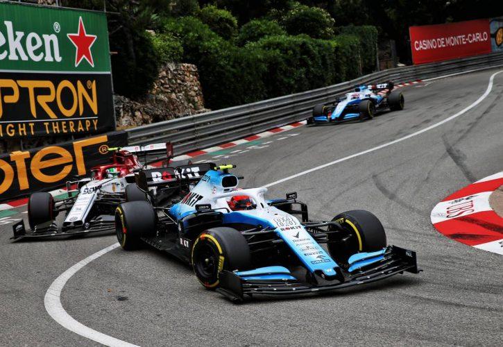Robert Kubica (POL) Williams Racing FW42.
