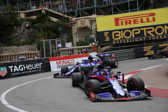 Daniil Kvyat (RUS) Scuderia Toro Rosso STR14.