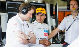 Sainz urges McLaren not to get 'overconfident'