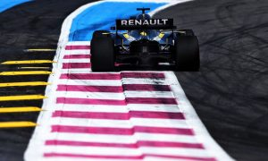 Renault gives Ricciardo new Spec-B ICE in France
