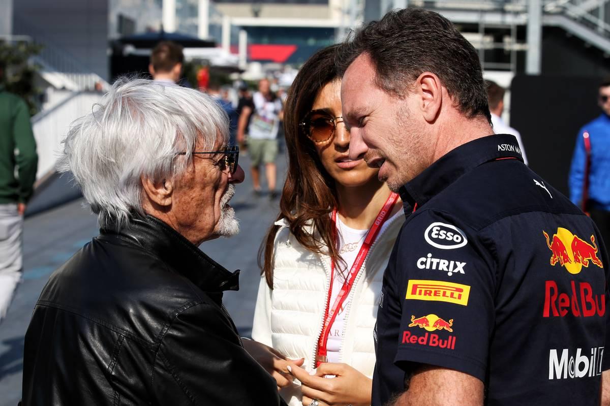 Bernie Ecclestone (GBR) with Fabiana Flosi (BRA) and Christian Horner (GBR) Red Bull Racing Team Principal.