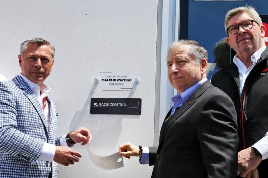 (L to R): Francois Dumontier (CDN) Promoter of the Canadian GP; Jean Todt (FRA) FIA President; and Ross Brawn (GBR) Managing Director, Motor Sports, unveil a plaque to Charlie Whiting. 08.06.2019. Formula 1 World Championship, Rd 7, Canadian Grand Prix, Montreal, Canada, Qualifying Day. - www.xpbimages.com, EMail: requests@xpbimages.com - copy of publication required for printed pictures. Every used picture is fee-liable. © Copyright: Batchelor / XPB Images