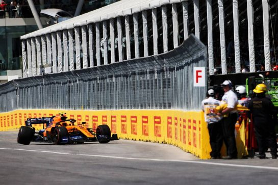 Lando Norris (GBR) McLaren MCL34 retired from the race. 09.06.2019. Formula 1 World Championship, Rd 7, Canadian Grand Prix, Montreal, Canada, Race Day. - www.xpbimages.com, EMail: requests@xpbimages.com - copy of publication required for printed pictures. Every used picture is fee-liable. © Copyright: Charniaux / XPB Images