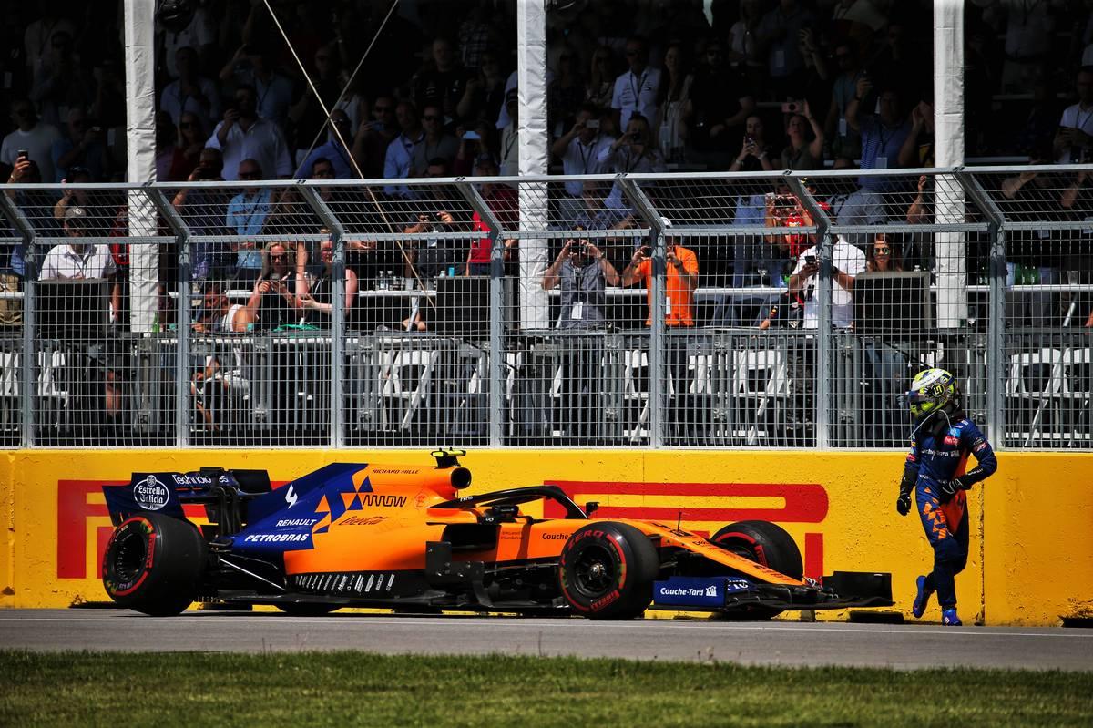 Lando Norris (GBR) McLaren MCL34 retired from the race.