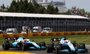 Villeneuve still unimpressed with 'clearly slower' Kubica