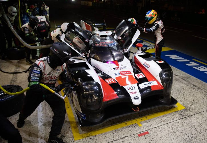 Mike Conway (GBR) / Kamui Kobayashi (JPN) / Jose Maria Lopez (ARG) #07 Toyota Gazoo Racing Toyota TS050 Hybrid makes a pit stop.