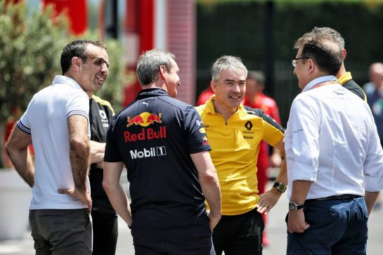 (L to R): Cyril Abiteboul (FRA) Renault Sport F1 Managing Director; Jonathan Wheatley (GBR) Red Bull Racing Team Manager; Nick Chester (GBR) Renault F1 Team Chassis Technical Director.