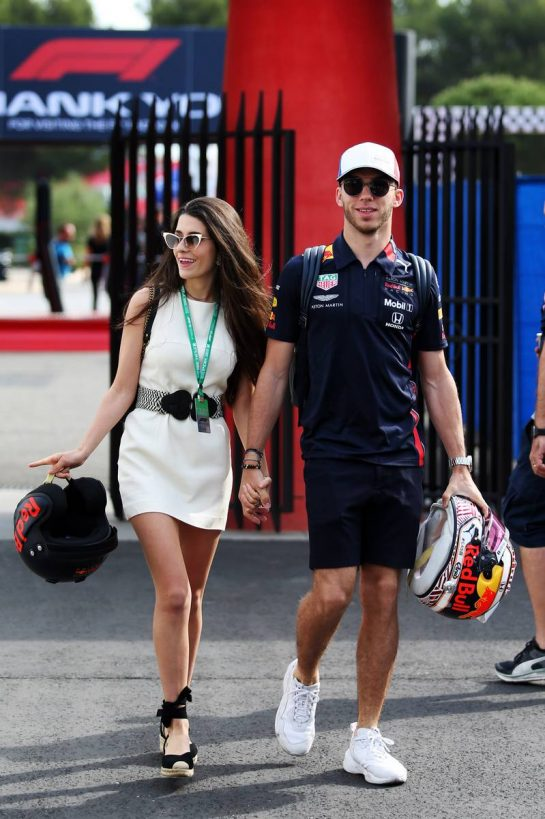 Pierre Gasly (FRA) Red Bull Racing with his girlfriend Caterina Masetti Zannini.