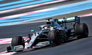 Mercedes duo set the pace in French GP FP1