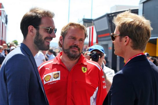 (L to R): Jean-Eric Vergne (FRA) with Gino Rosato (CDN) Ferrari and Nico Rosberg (GER). 23.06.2019. Formula 1 World Championship, Rd 8, French Grand Prix, Paul Ricard, France, Race Day. - www.xpbimages.com, EMail: requests@xpbimages.com - copy of publication required for printed pictures. Every used picture is fee-liable. © Copyright: Moy / XPB Images