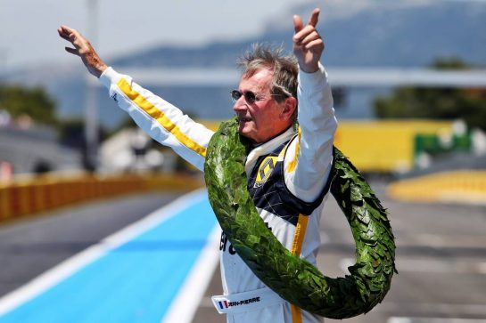 Jean-Pierre Jabouille (FRA) recreates his celebration of winning the 1979 French Grand Prix with Renault. 23.06.2019. Formula 1 World Championship, Rd 8, French Grand Prix, Paul Ricard, France, Race Day. - www.xpbimages.com, EMail: requests@xpbimages.com - copy of publication required for printed pictures. Every used picture is fee-liable. © Copyright: Moy / XPB Images