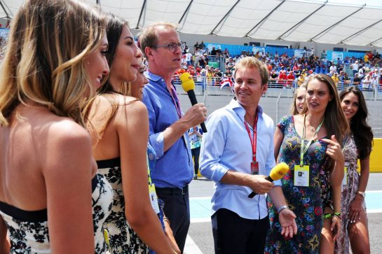 Nico Rosberg (GER) with RTL. 23.06.2019. Formula 1 World Championship, Rd 8, French Grand Prix, Paul Ricard, France, Race Day. - www.xpbimages.com, EMail: requests@xpbimages.com - copy of publication required for printed pictures. Every used picture is fee-liable. © Copyright: Moy / XPB Images