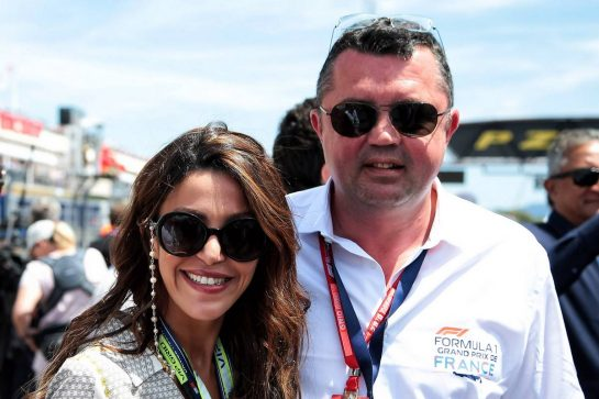 Eric Boullier (FRA) with his wife Tamara on the grid. 23.06.2019. Formula 1 World Championship, Rd 8, French Grand Prix, Paul Ricard, France, Race Day. - www.xpbimages.com, EMail: requests@xpbimages.com - copy of publication required for printed pictures. Every used picture is fee-liable. © Copyright: Photo4 / XPB Images