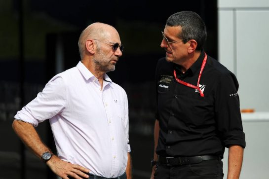 (L to R): Adrian Newey (GBR) Red Bull Racing Chief Technical Officer with Guenther Steiner (ITA) Haas F1 Team Prinicipal. 27.06.2019. Formula 1 World Championship, Rd 9, Austrian Grand Prix, Spielberg, Austria, Preparation Day. - www.xpbimages.com, EMail: requests@xpbimages.com - copy of publication required for printed pictures. Every used picture is fee-liable. © Copyright: Moy / XPB Images