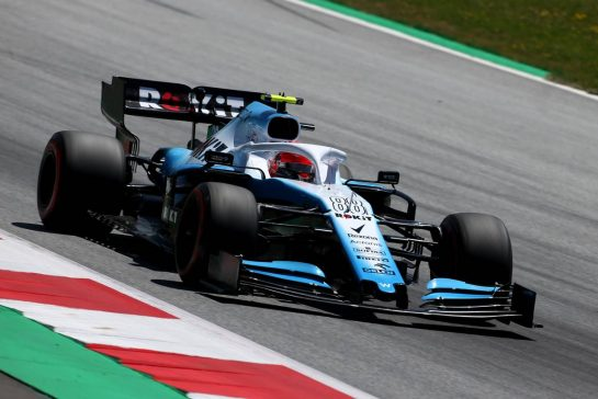Robert Kubica (POL), Williams F1 Team 28.06.2019. Formula 1 World Championship, Rd 9, Austrian Grand Prix, Spielberg, Austria, Practice Day.- www.xpbimages.com, EMail: requests@xpbimages.com - copy of publication required for printed pictures. Every used picture is fee-liable. © Copyright: Charniaux / XPB Images