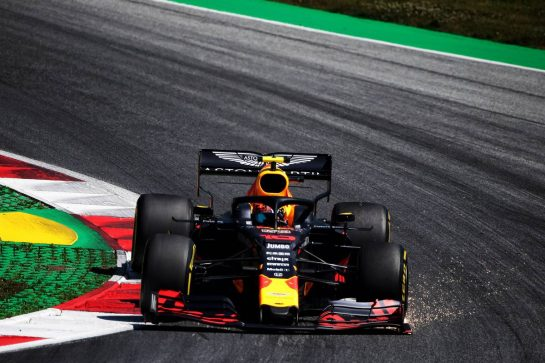 Pierre Gasly (FRA) Red Bull Racing RB15. 28.06.2019. Formula 1 World Championship, Rd 9, Austrian Grand Prix, Spielberg, Austria, Practice Day. - www.xpbimages.com, EMail: requests@xpbimages.com - copy of publication required for printed pictures. Every used picture is fee-liable. © Copyright: Photo4 / XPB Images