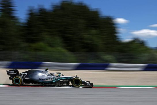Valtteri Bottas (FIN), Mercedes AMG F1 28.06.2019. Formula 1 World Championship, Rd 9, Austrian Grand Prix, Spielberg, Austria, Practice Day.- www.xpbimages.com, EMail: requests@xpbimages.com - copy of publication required for printed pictures. Every used picture is fee-liable. © Copyright: Charniaux / XPB Images