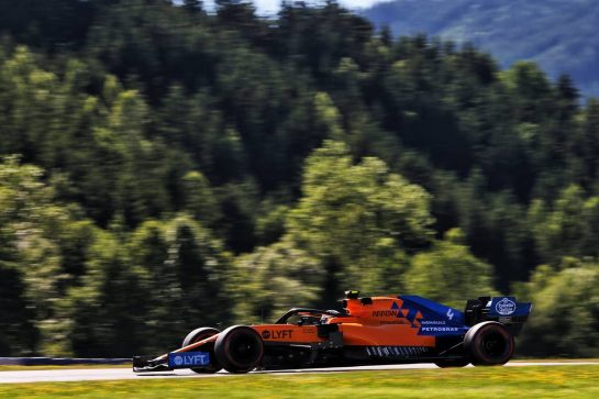 Lando Norris (GBR) McLaren MCL34. 28.06.2019. Formula 1 World Championship, Rd 9, Austrian Grand Prix, Spielberg, Austria, Practice Day. - www.xpbimages.com, EMail: requests@xpbimages.com - copy of publication required for printed pictures. Every used picture is fee-liable. © Copyright: Moy / XPB Images