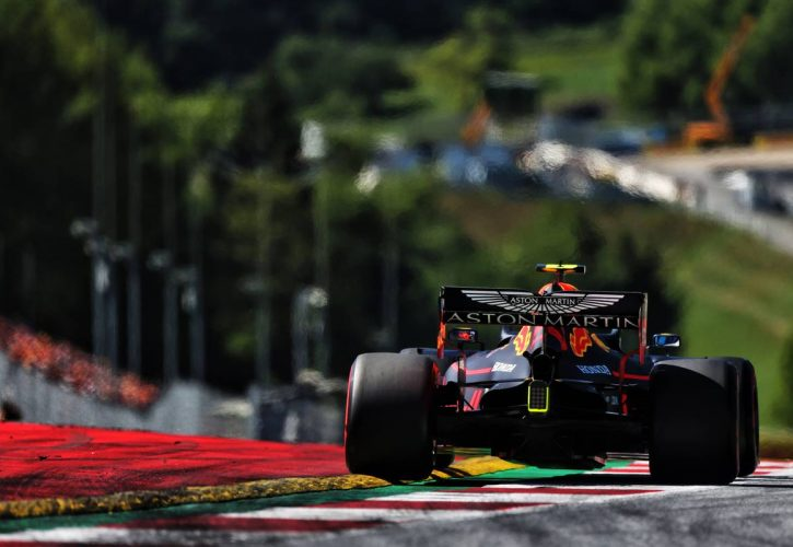 Aston Martin Says That It Is Ready To Step In If Honda Quits F1