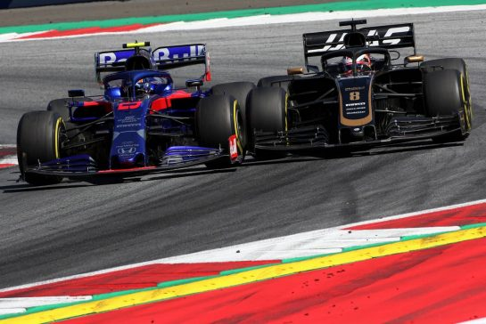 Alexander Albon (THA), Scuderia Toro Rosso and Romain Grosjean (FRA), Haas F1 Team 