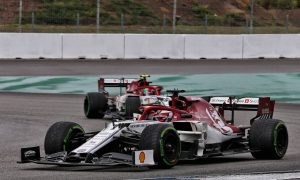 Alfa Romeo penalty hands points to Hamilton and Kubica!