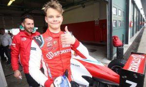 Mercedes adds 15-year-old Paul Aron to its junior team