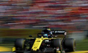 Ricciardo eyes McLaren as role model for Renault