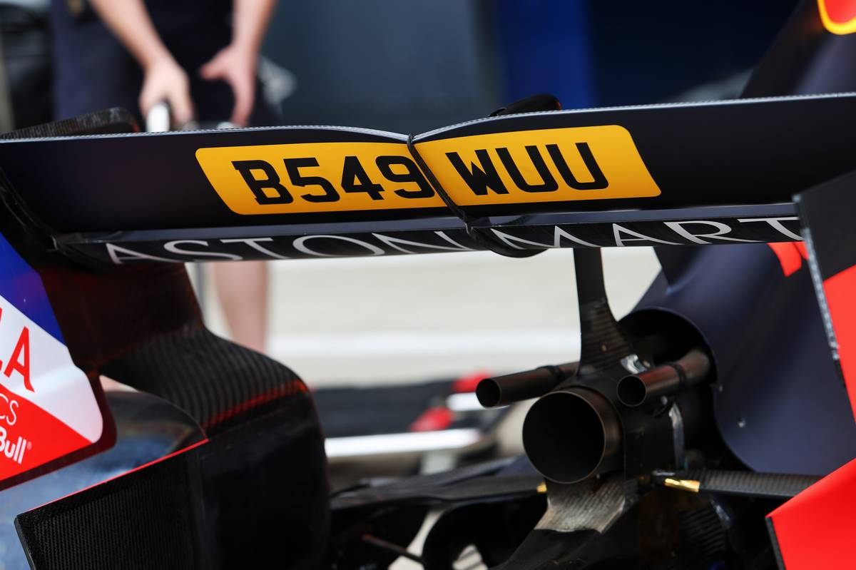 Red Bull Racing RB15 - 007 James Bond branding.