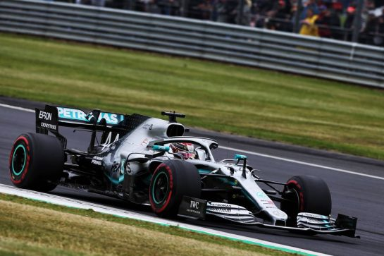 Lewis Hamilton (GBR) Mercedes AMG F1 W10. 13.07.2019. Formula 1 World Championship, Rd 10, British Grand Prix, Silverstone, England, Qualifying Day. - www.xpbimages.com, EMail: requests@xpbimages.com - copy of publication required for printed pictures. Every used picture is fee-liable. © Copyright: Moy / XPB Images