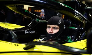 Hulkenberg expecting to stay at Renault in 2020