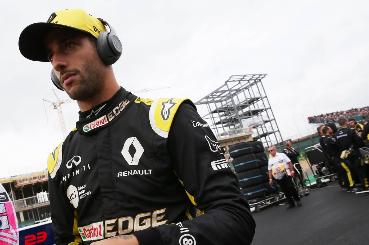 Daniel Ricciardo (AUS) Renault Sport F1 Team RS19.