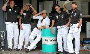 Mercedes crews go full vintage at Hockenheim!
