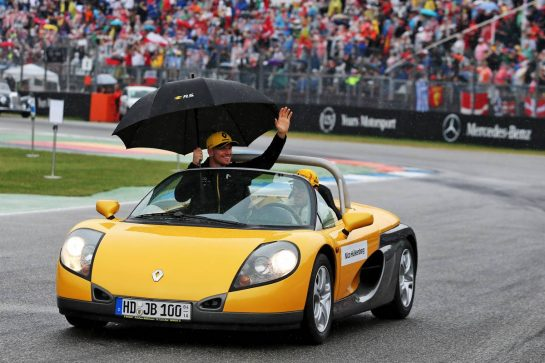 Nico Hulkenberg (GER) Renault F1 Team on the drivers parade. 28.07.2019. Formula 1 World Championship, Rd 11, German Grand Prix, Hockenheim, Germany, Race Day. - www.xpbimages.com, EMail: requests@xpbimages.com - copy of publication required for printed pictures. Every used picture is fee-liable. © Copyright: Moy / XPB Images