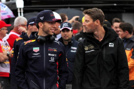 (L to R): Pierre Gasly (FRA) Red Bull Racing with Romain Grosjean (FRA) Haas F1 Team on the drivers parade. 28.07.2019. Formula 1 World Championship, Rd 11, German Grand Prix, Hockenheim, Germany, Race Day. - www.xpbimages.com, EMail: requests@xpbimages.com - copy of publication required for printed pictures. Every used picture is fee-liable. © Copyright: Photo4 / XPB Images