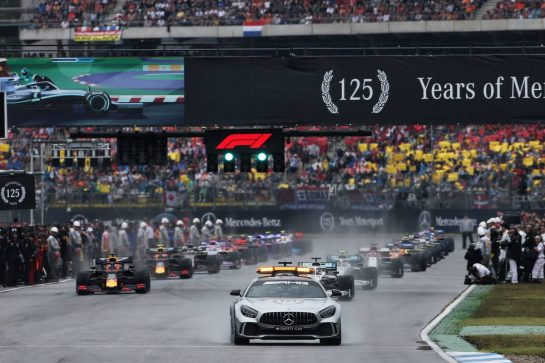 Lewis Hamilton (GBR) Mercedes AMG F1 W10 leads behind the FIA Safety Car. 28.07.2019. Formula 1 World Championship, Rd 11, German Grand Prix, Hockenheim, Germany, Race Day. - www.xpbimages.com, EMail: requests@xpbimages.com - copy of publication required for printed pictures. Every used picture is fee-liable. © Copyright: Charniaux / XPB Images