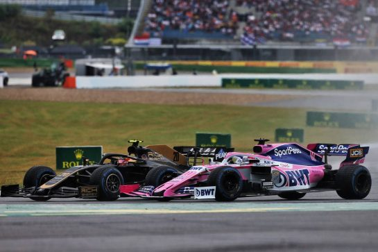 (L to R): Kevin Magnussen (DEN) Haas VF-19 and Sergio Perez (MEX) Racing Point F1 Team RP19 battle for position. 28.07.2019. Formula 1 World Championship, Rd 11, German Grand Prix, Hockenheim, Germany, Race Day. - www.xpbimages.com, EMail: requests@xpbimages.com - copy of publication required for printed pictures. Every used picture is fee-liable. © Copyright: Moy / XPB Images