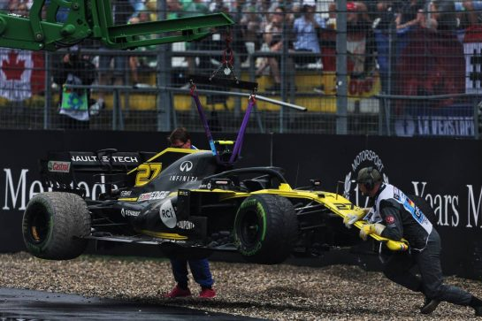 Nico Hulkenberg (GER) Renault F1 Team RS19 retired from the race. 28.07.2019. Formula 1 World Championship, Rd 11, German Grand Prix, Hockenheim, Germany, Race Day. - www.xpbimages.com, EMail: requests@xpbimages.com - copy of publication required for printed pictures. Every used picture is fee-liable. © Copyright: Charniaux / XPB Images