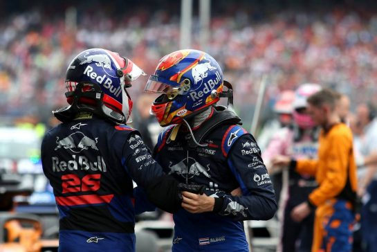 Daniil Kvyat (RUS), Scuderia Toro Rosso and Alexander Albon (THA), Scuderia Toro Rosso 28.07.2019. Formula 1 World Championship, Rd 11, German Grand Prix, Hockenheim, Germany, Race Day. - www.xpbimages.com, EMail: requests@xpbimages.com - copy of publication required for printed pictures. Every used picture is fee-liable. © Copyright: Charniaux / XPB Images