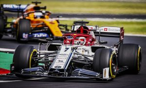 Alfa banking on 'consistency' to fight with McLaren