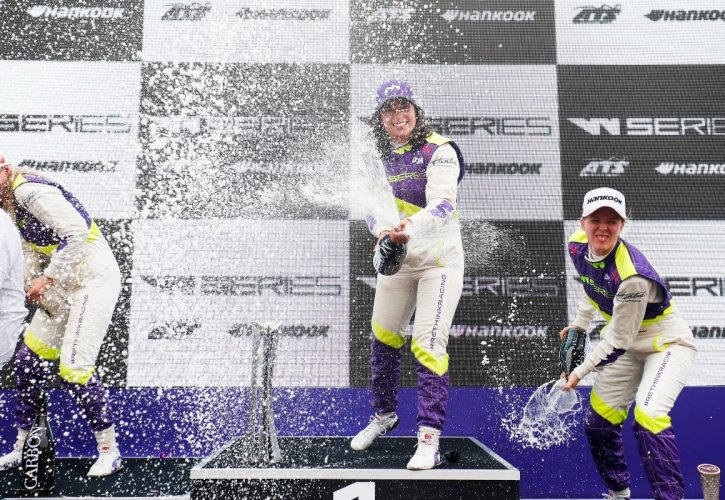 British racing driver Jamie Chadwick clings on to win W Series title class=