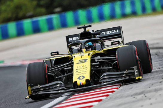 Daniel Ricciardo (AUS) Renault F1 Team RS19. 02.08.2019. Formula 1 World Championship, Rd 12, Hungarian Grand Prix, Budapest, Hungary, Practice Day. - www.xpbimages.com, EMail: requests@xpbimages.com - copy of publication required for printed pictures. Every used picture is fee-liable. © Copyright: Moy / XPB Images