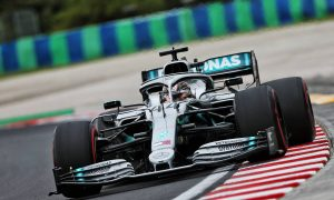Hamilton leads the field in Hungarian GP first practice