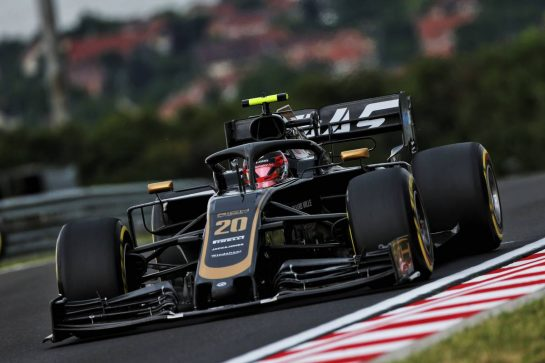 Kevin Magnussen (DEN) Haas VF-19. 02.08.2019. Formula 1 World Championship, Rd 12, Hungarian Grand Prix, Budapest, Hungary, Practice Day. - www.xpbimages.com, EMail: requests@xpbimages.com - copy of publication required for printed pictures. Every used picture is fee-liable. © Copyright: Moy / XPB Images