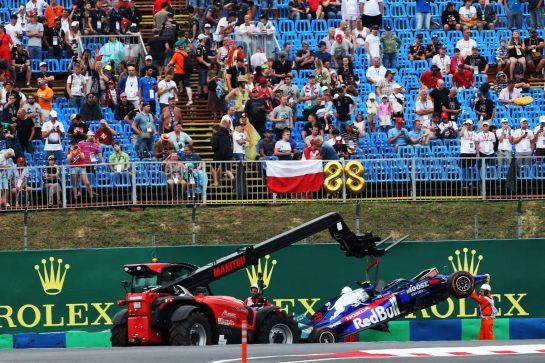 Alexander Albon (THA) Scuderia Toro Rosso crashed in the second practice session. 02.08.2019. Formula 1 World Championship, Rd 12, Hungarian Grand Prix, Budapest, Hungary, Practice Day. - www.xpbimages.com, EMail: requests@xpbimages.com - copy of publication required for printed pictures. Every used picture is fee-liable. © Copyright: Moy / XPB Images