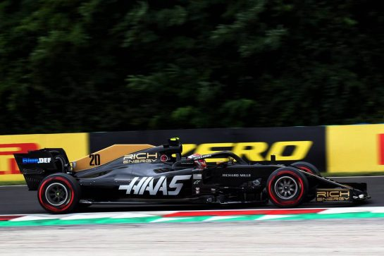 Kevin Magnussen (DEN) Haas VF-19. 02.08.2019. Formula 1 World Championship, Rd 12, Hungarian Grand Prix, Budapest, Hungary, Practice Day. - www.xpbimages.com, EMail: requests@xpbimages.com - copy of publication required for printed pictures. Every used picture is fee-liable. © Copyright: Photo4 / XPB Images
