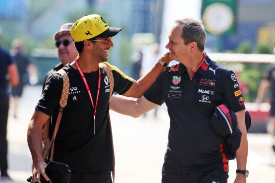 (L to R): Daniel Ricciardo (AUS) Renault F1 Team with Paul Monaghan (GBR) Red Bull Racing Chief Engineer.