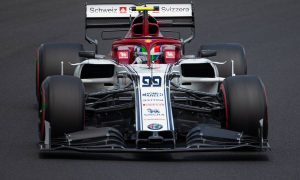 Alfa Romeo's Giovinazzi falls foul of Hungary stewards
