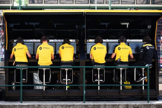 Renault F1 Team pit gantry.